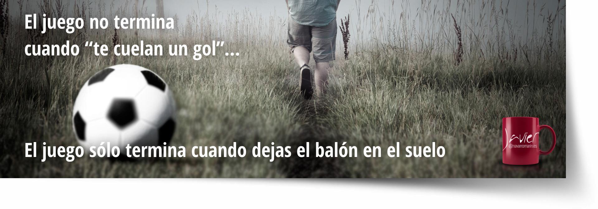 sigue y no dejes el balon en el suelo
